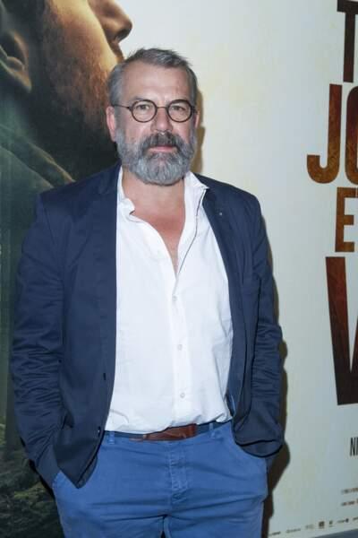 C'est le comédien Philippe Torreton qui incarne les traits de Michel Fourniret.
