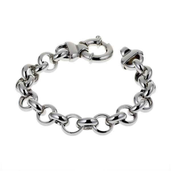 Le bracelet en maille argentée