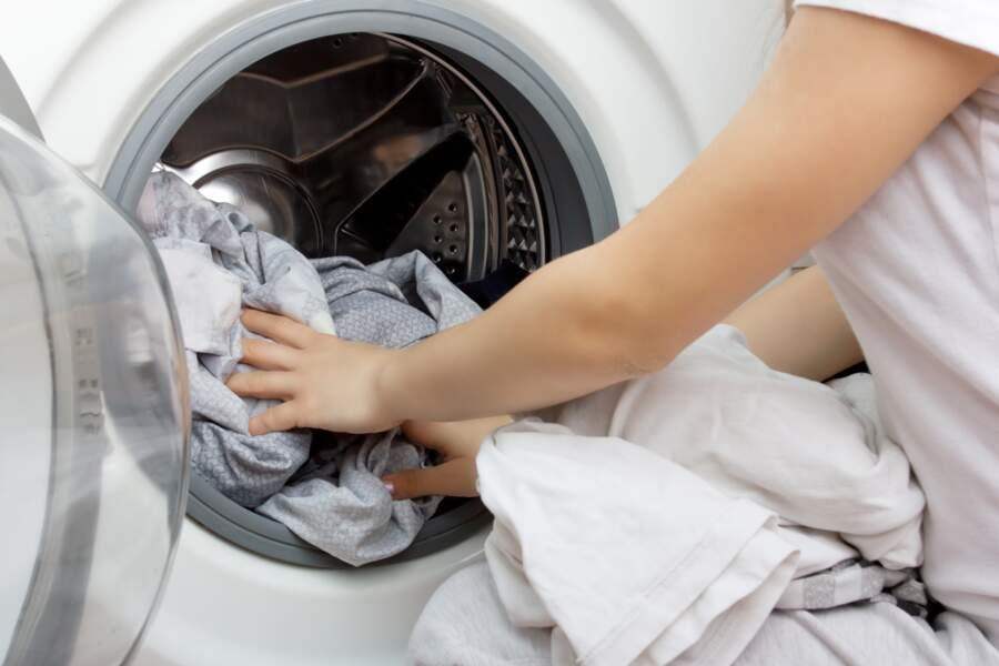 6 astuces efficaces pour désinfecter le linge en machine