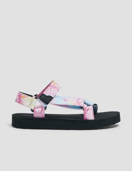 Chaussures tendance : les sandales à scratchs
