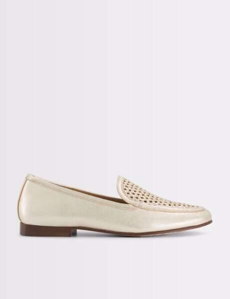 Chaussures tendance : les mocassins dorés