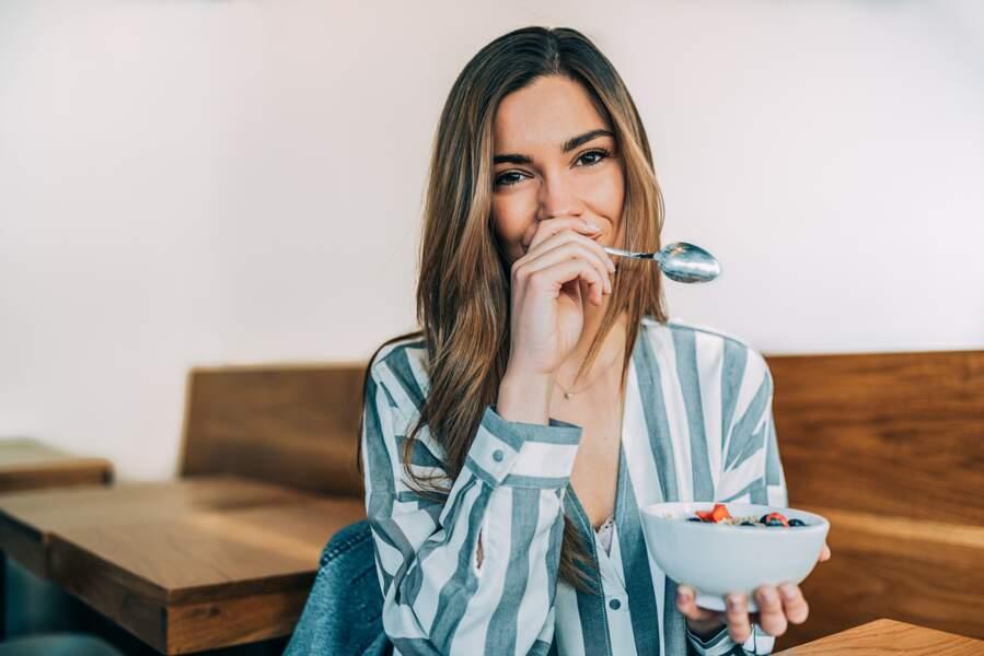 """""""Céréales de la nature"""" : ce petit-déjeuner healthy rapide à préparer fait le buzz"""