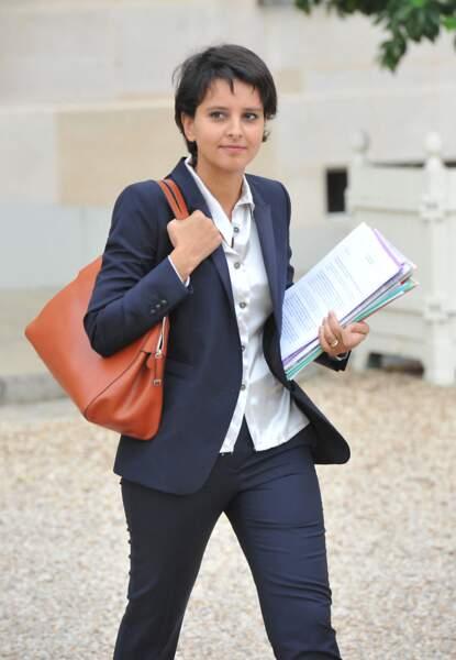 Najat Vallaud-Belkacem à la sortie du conseil des ministres, au Palais de l'Élysee, le 3 Octobre 2012.