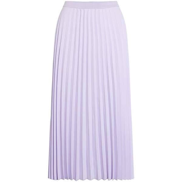 Mauve tendance : une jupe plissée