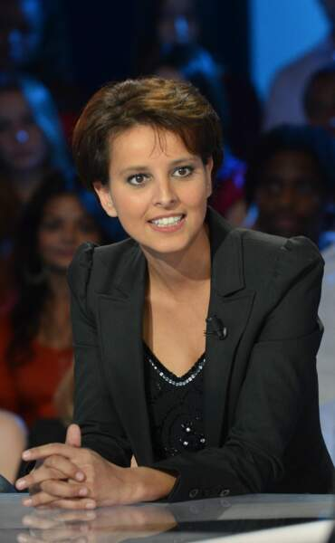 """Najat Vallaud-Belkacem sur le plateau de l'émission """"Vendredi sur un plateau"""", en hommage à Jean Amadou, le 27 octobre 2011."""