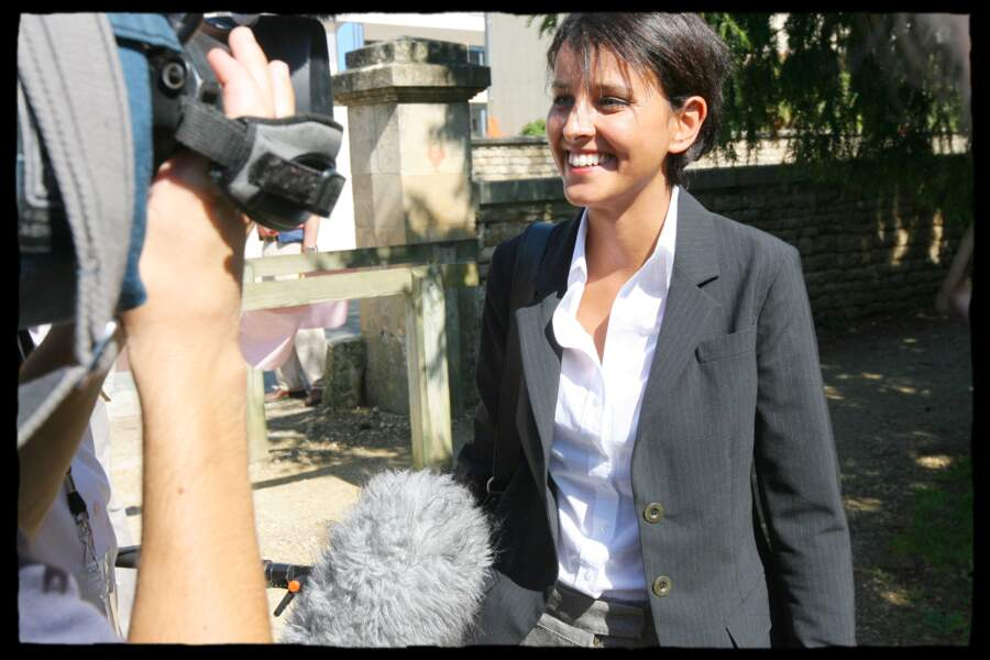 Najat Vallaud-Belkacem, en 2007, alors conseillère régionale du Rhône-Alpes, participe à la rentrée politique de Ségolène Royal, lors de la Fête de la rose, à Melle.