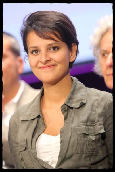 En juin 2008, Najat Vallaud-Belkacem assiste à la présentation des orientations de Ségolène Royal pour le congrès du PS, à la Maison de la Chimie.