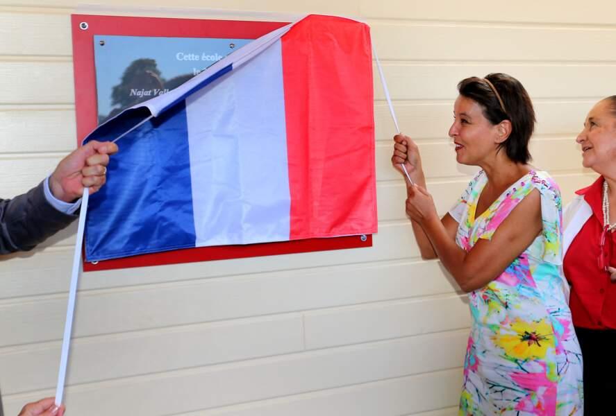 La ministre de l'Éducation nationale, de l'Enseignement supérieur et de la Recherche a inauguré le groupement scolaire Théodore Monod, à Sadirac, en Gironde, le 27 août 2016.