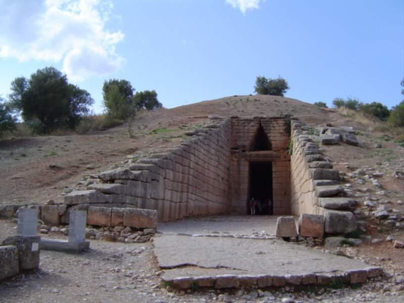 L'entrée du trésor d'Atrée à Mycènes