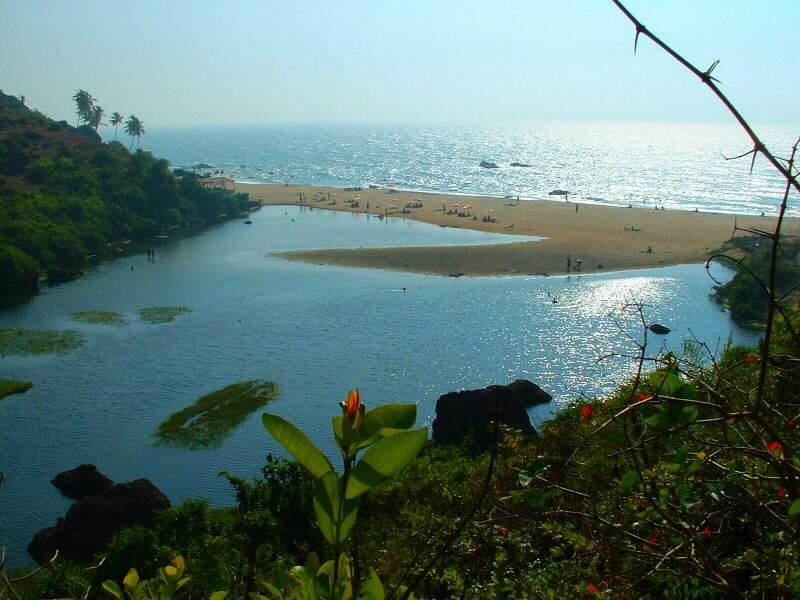 Pause balnéaire sur une des plages de Goa