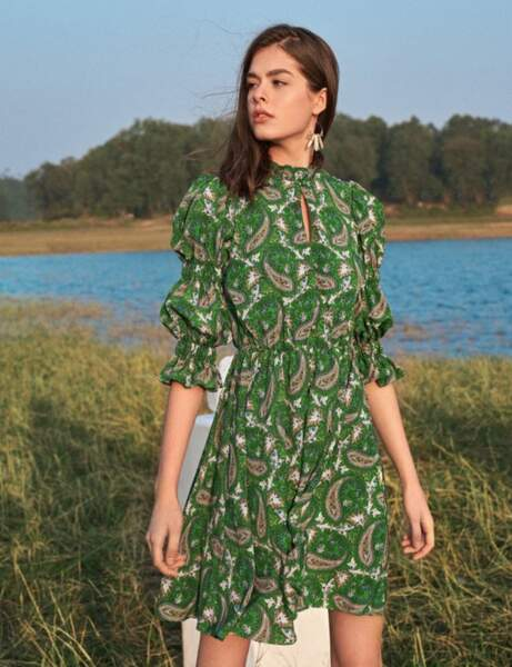 Tendance bandana : la robe féminine