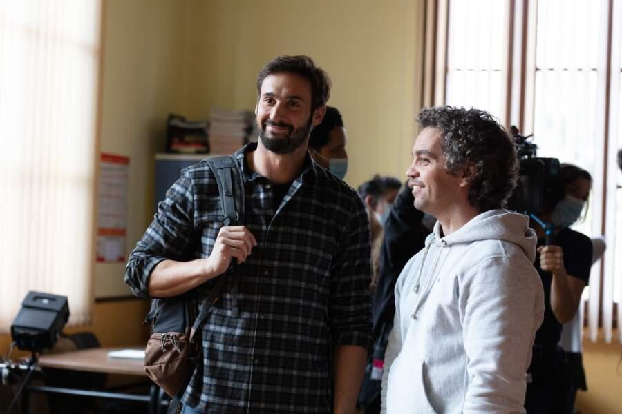 Guillaume Labbé y retrouve le comédien Bruno Sanches qui joue le prof de sport.