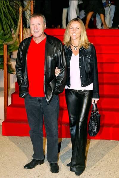 Yves Rénier et Karin au festival de fiction télé de Saint-Tropez, en septembre 2003.