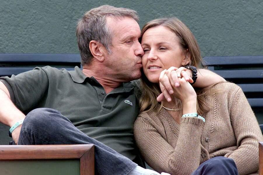 Yves Rénier et Karin à Roland-Garros, en juin 2001.