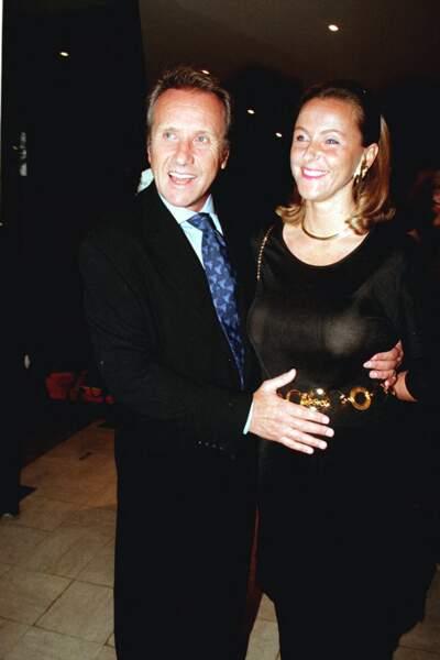 Yves Rénier en compagnie de son épouse Karin qui est enceinte de leur premier enfant, Jules.
