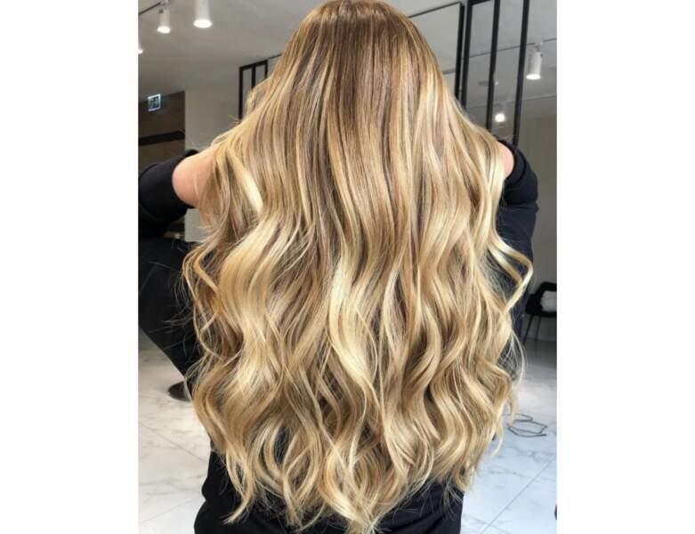 Wavy hair or