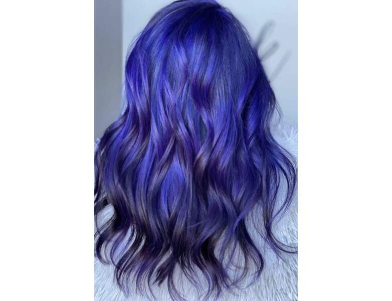 Cheveux violets nuit