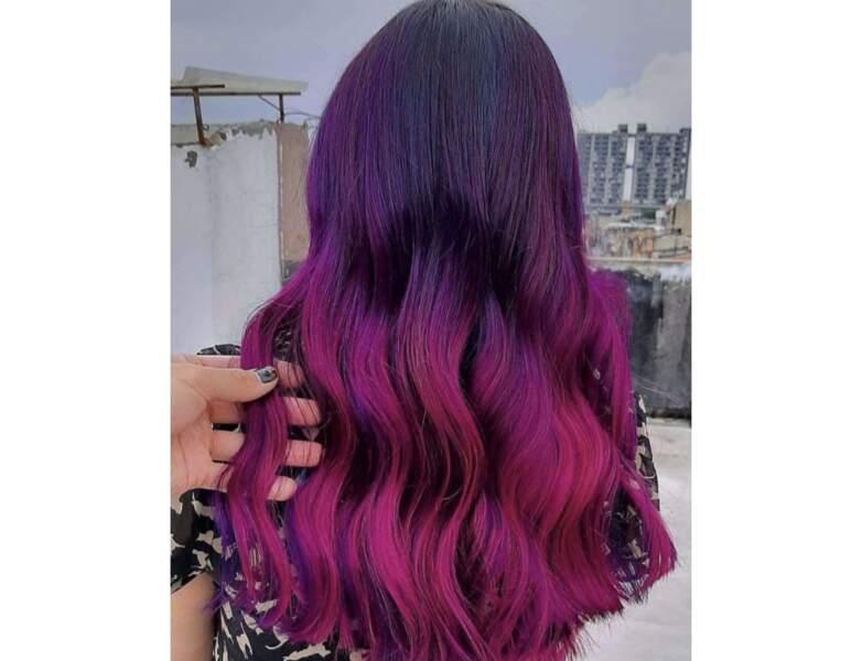 Cheveux violets et rose