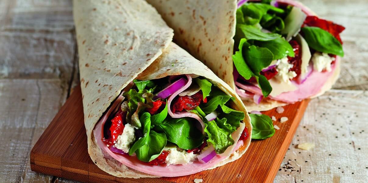 Wraps au jambon, fromages frais et tomates confites
