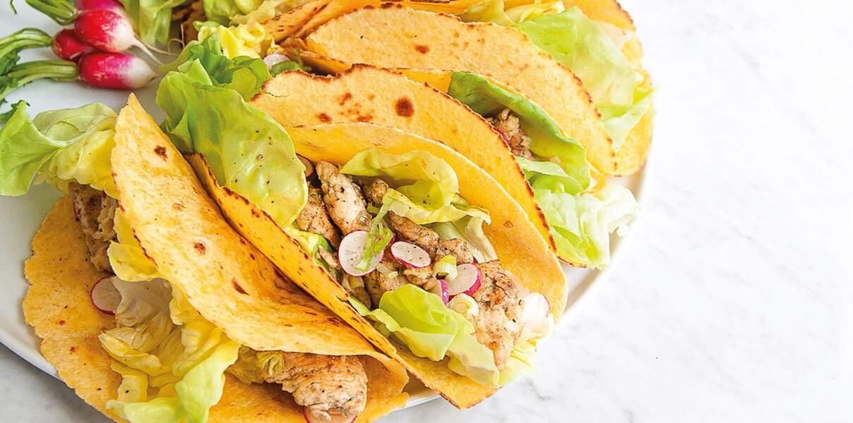 Tacos de poulet aux radis et petits oignons frais