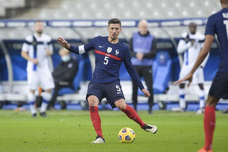 Clément Lenglet, le défenseur de 25 ans du Barça, est en couple avec Estelle. Ils ont un garçon, prénommé Maël, né le 11 mai 2020.
