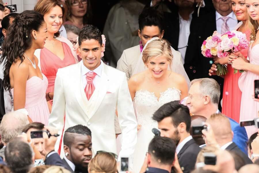 Le défenseur de 28 ans s'est marié avec Camille Tytgat, qu'il a rencontrée sur les bancs du lycée, le 20 juin 2015, au Touquet.