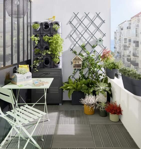 Balcon moderne et verdoyant - Gifi