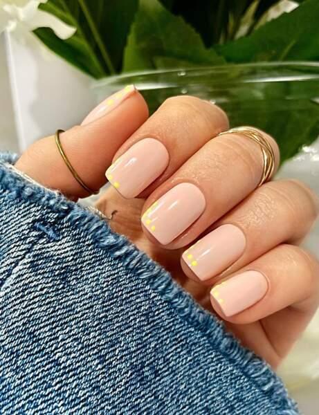 Un nail art discret
