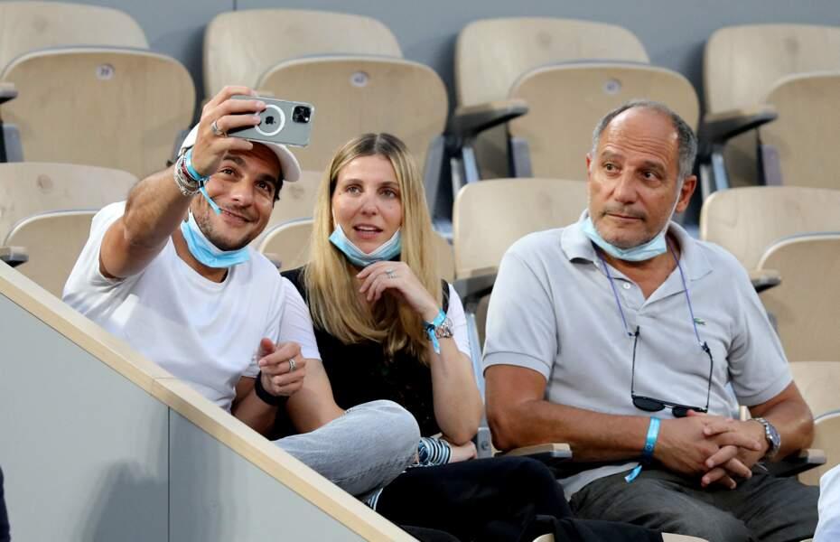 Amir Haddad avec sa femme Lital et son père