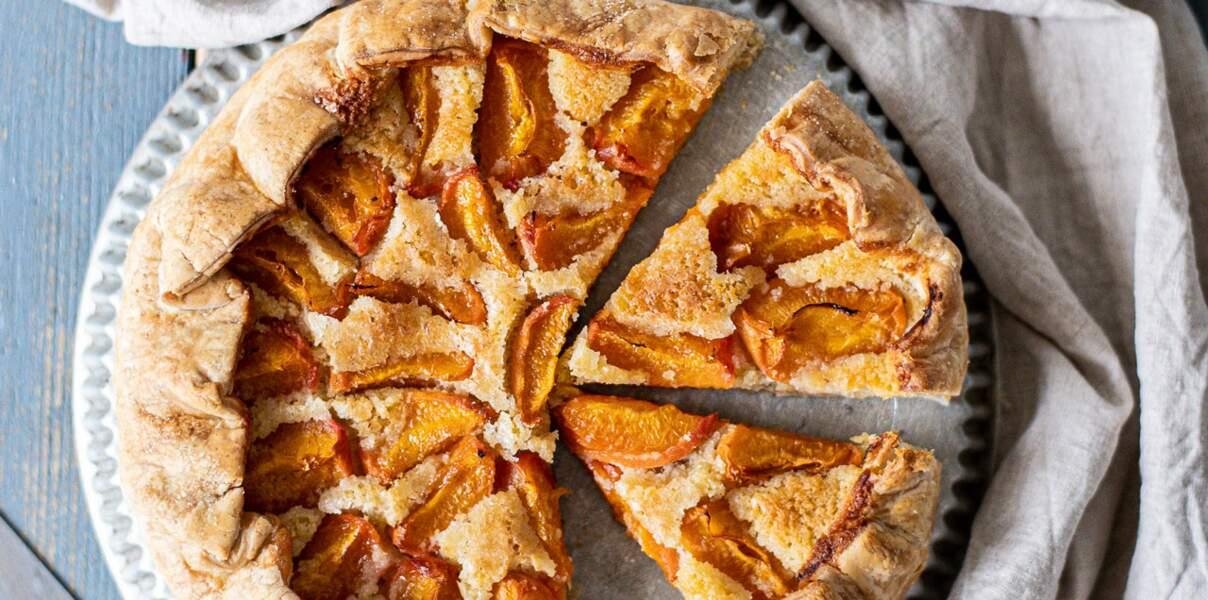 Tarte rustique crème d'amande et abricots