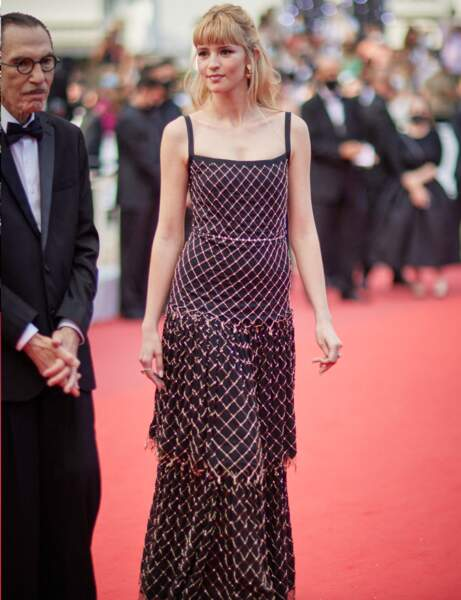 Cannes 2021 : Angèle ultra glamour