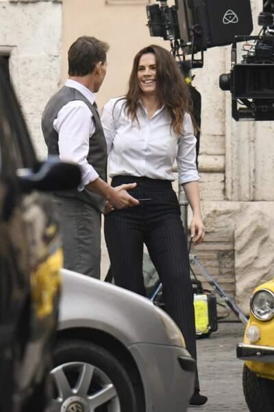 """Tom Cruise et Hayley Atwell sur le tournage du film """"Mission Impossible 7"""" à Rome, le 24 novembre 2020."""
