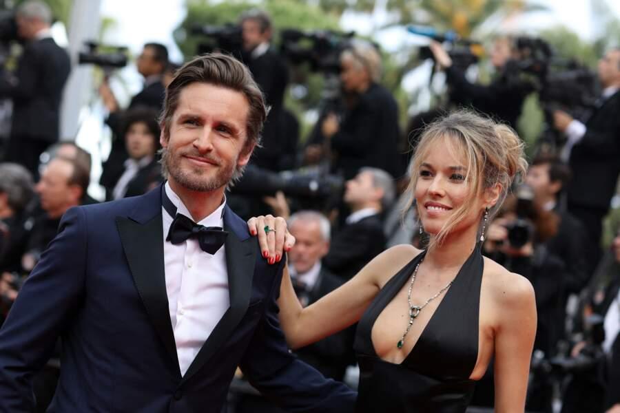 """Philippe Lacheau et sa compagne Élodie Fontan lors de la montée des marches du film """"Once upon a time... in Hollywood"""", le 21 mai 2019."""