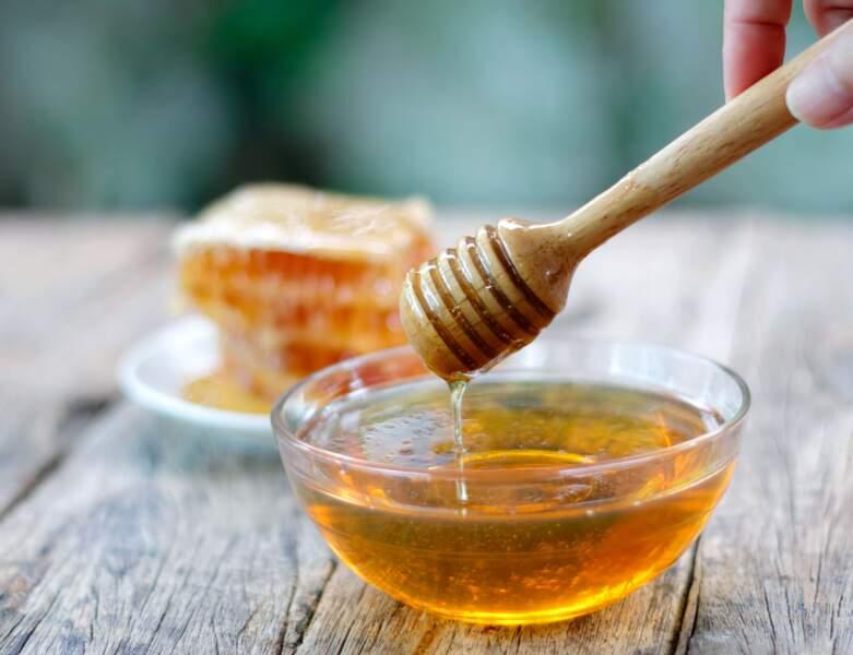 Un masque au miel pour une peau jeune et hydratée