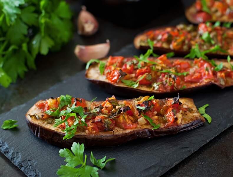 La recette simple et originale des aubergines farcies de Cyril Lignac