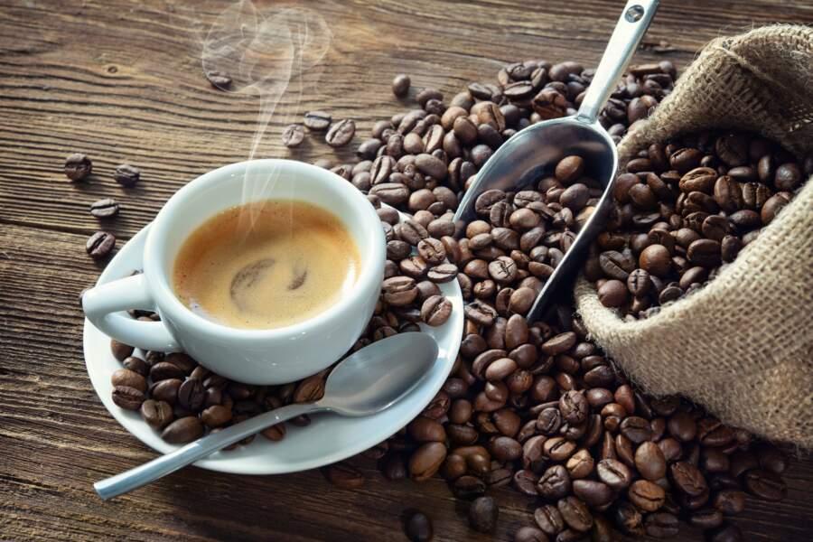 Vous carburez au café