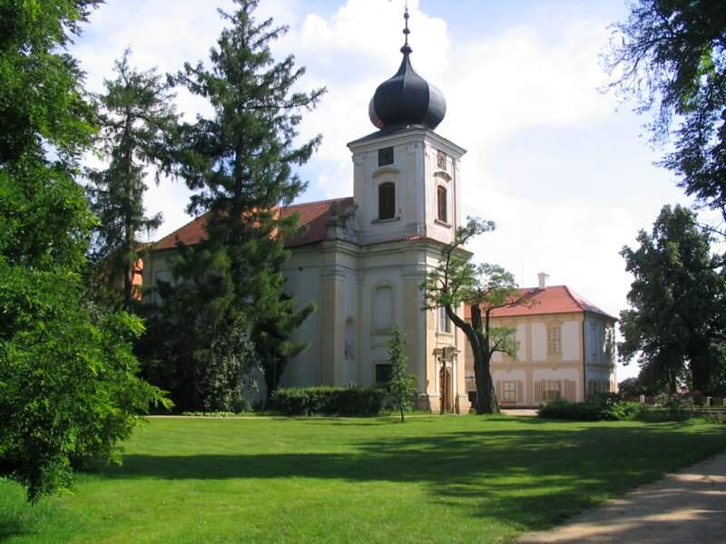 Le château de Loucen, typique du style baroque tchèque