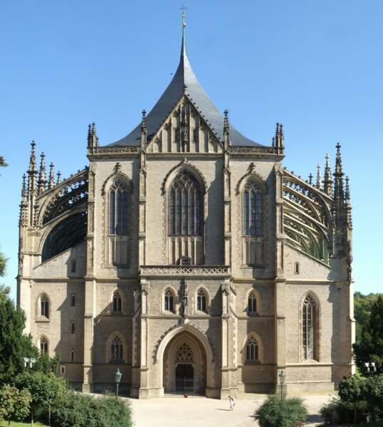 L'église gothique Sainte-Barbe de Kutná Hora