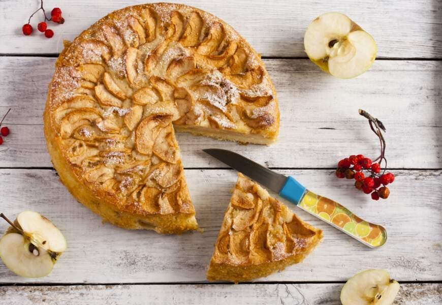 """""""Tous en cuisine"""" : la recette de la tarte feuilletée amandine aux pommes de Cyril Lignac"""