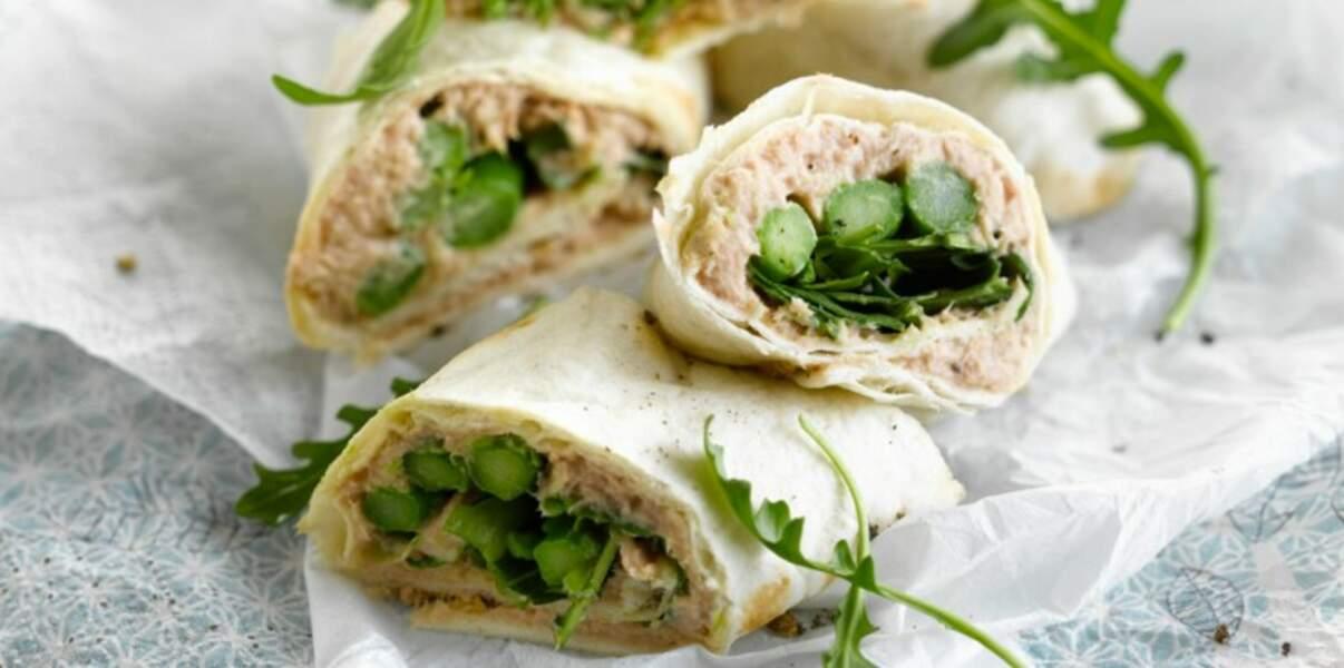 Wraps au thon, asperges vertes et épinards