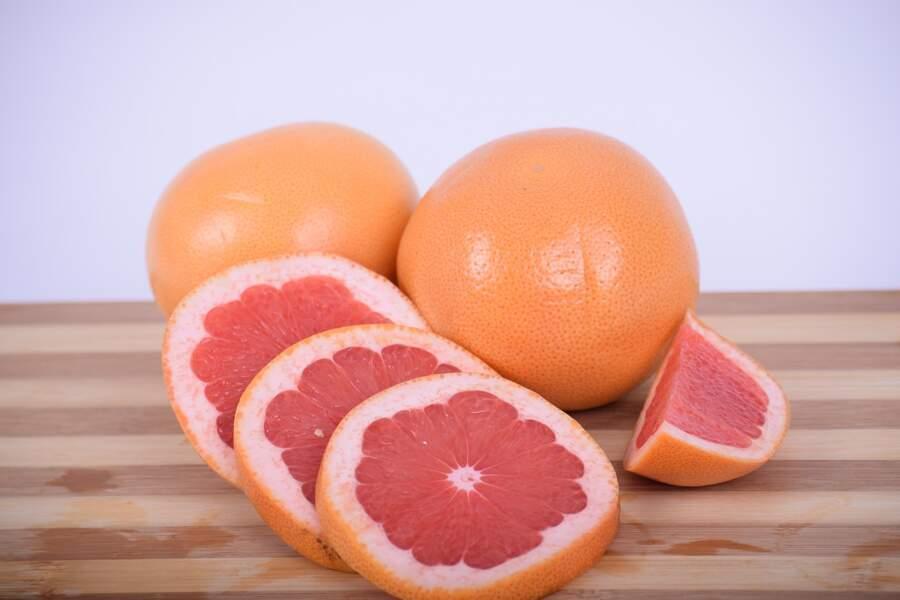 Les pamplemousses et pomelos