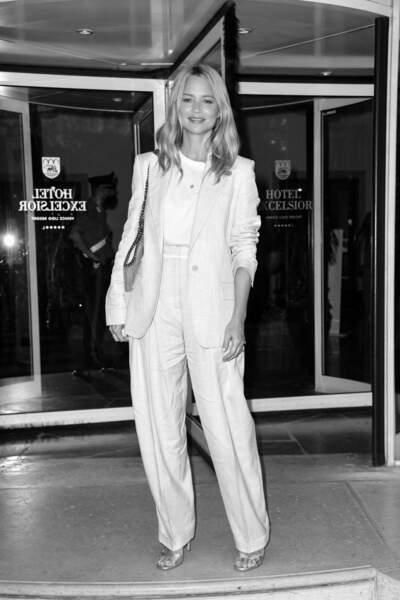 Virginie Efira à la Mostra : en mode oversize