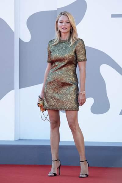 Virginie Efira à la Mostra : une robe glam'rock