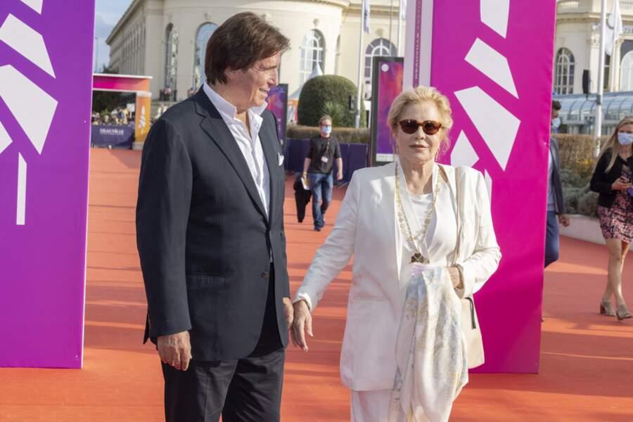Sylvie Vartan et son mari Tony Scotti sont plutôt du genre discret...
