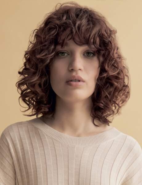 Le carré sur cheveux frisés