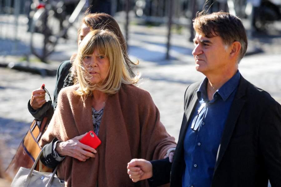 Arrivée de Chantal Goya à la messe funéraire en hommage à Bernard Tapie