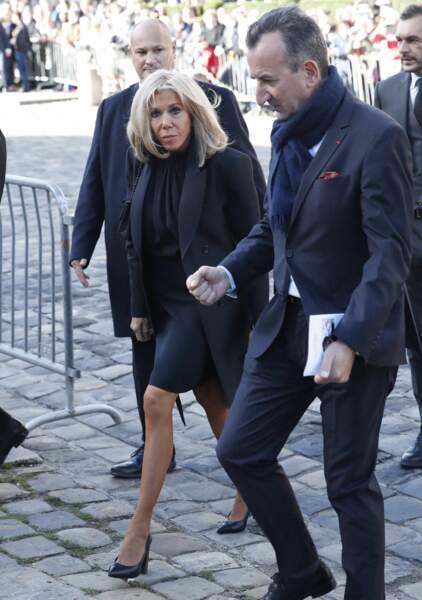 Arrivée de Brigitte Macron à la messe funéraire en hommage à Bernard Tapie