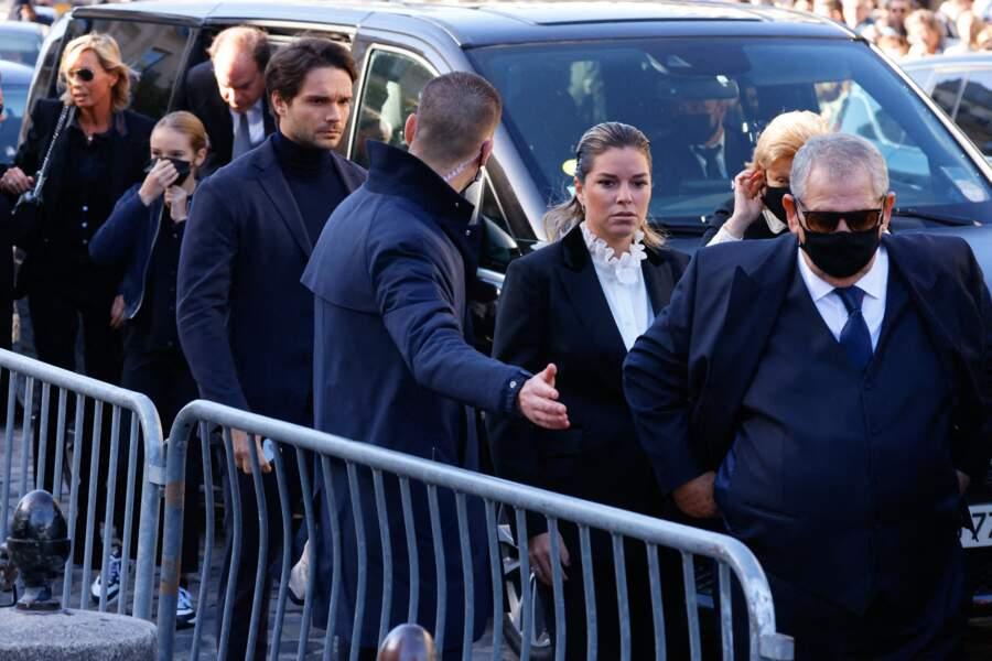 Arrivée de Sophie Tapie, la fille de Bernard Tapie, à la messe funéraire